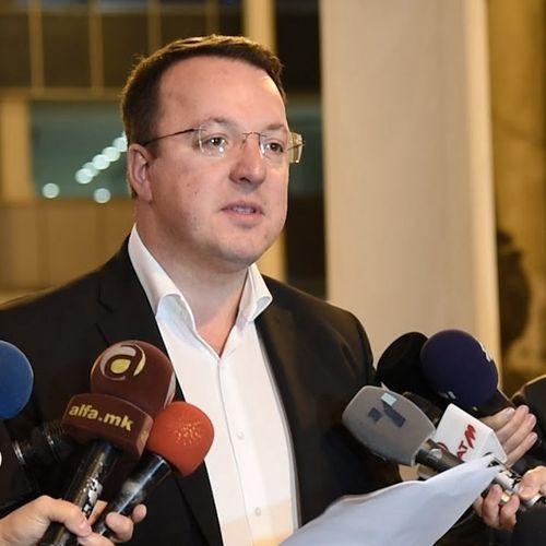 Николовски: Заев во понеделник да си поднесе оставка и да одиме на избори