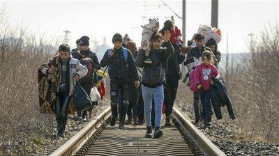 ОН: Најмалку 13.000 мигранти се наоѓаат на турско-грчката граница