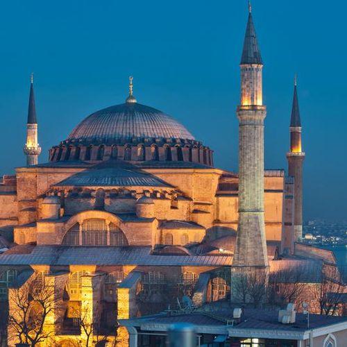 Аја Софија утре станува џамија?