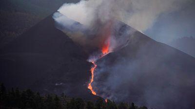 Oko 800 osoba evakuisano na La Palmi zbog novog izlivanja lave