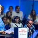 ЕУ да развива свои системи на оружје, предложи Меркел