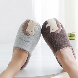 MUST HAVE: Топли собни чизмички кои треба да ги имате оваа зима