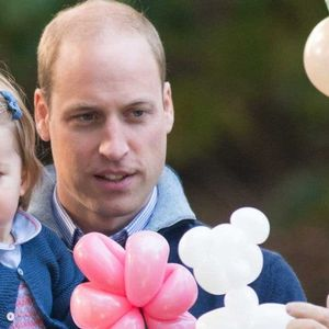 Принцот Вилијам не може да си верува на очите: Тој или Шарлот?