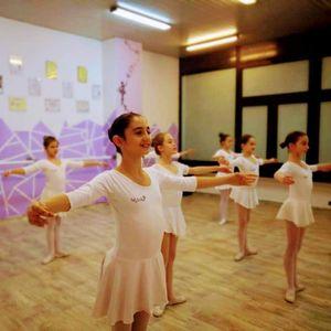 Среде Москва се свиреше химната во наша чест: Интервју со младата балерина Нина