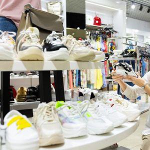 Десет модели на обувки од кои никако нема да ве болат нозете!