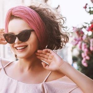 Неизбежен тренд: Шик марама која ќе ја разубави секоја фризура