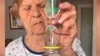 Баба Роса со урнебесен трик на ТикТок: Луѓето плачат од смеење