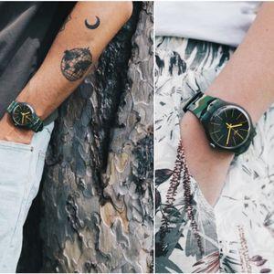 Часовник на неделата: Камуфлирајте се во милитари стил со часовникот на Swatch CAMOUFOREST (SUOG114)