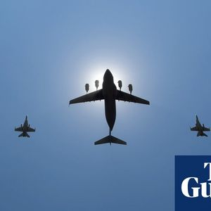 Australian defence department 'not aware' US firm given contract was blacklisted