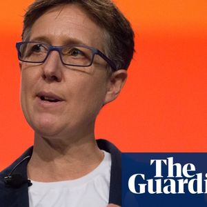 Facebook won't take down fake posts about Sally McManus and Bill Shorten