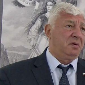 Кметът на Пловдив към репортер на Plovdiv24.bg: Мини по-назад, така ми излизат бръчките