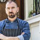 """Топ кулинарят шеф Андре Токев е катастрофирал с чисто новия си поръчков """"Мерцедес"""""""