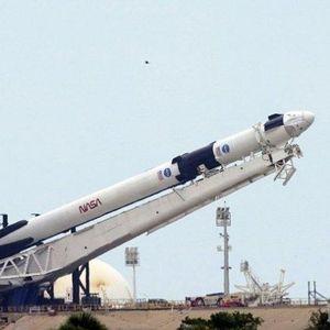 УСПЕШНО: SpaceX се отправи на пилотирана мисия в космоса