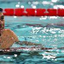 Олимпийски шампион в плуването с жлезиста треска месец преди Токио 2020