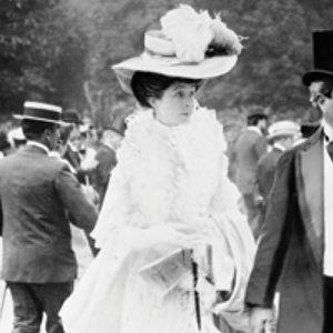 Как богатите деца на Америка си купиха място сред британския елит