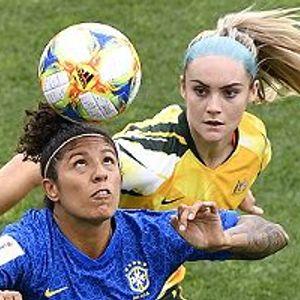 Australia 3:2 Brazil