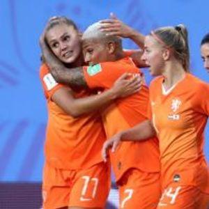 Netherlands 2:1 Japan