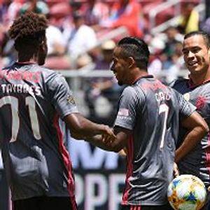 Benfica 3:0 CD Guadalajara