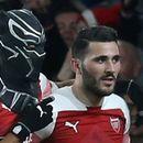 Арсенал отново навакса при домакинството, Обамеянг стана Черната пантера