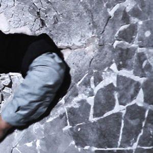 Режисьорът, който засне света Зад стената