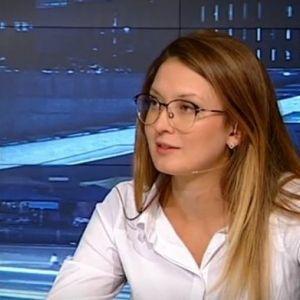 Евродепутат: Има много опити и малко решения в политиката