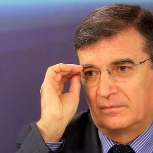Стефан Стоянов: Депутати са едни послушници