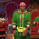 Check Out Scarlett Johansson's Hip Hop Chops As A Singing Elf On 'Saturday Night Live'