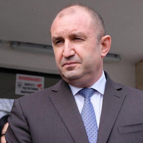 Бащата на президентa Румен Радев е починал