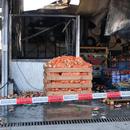 Четирима задържани за пожара в зеленчуковата борса в село Кърналово