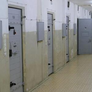 Затвор за неспазващите мерките срещу COVID-19 в Севернокипърска турска република