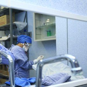 Черен рекорд: Чехия регистрира над 3000 нови случая на COVID-19 за денонощие
