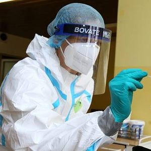 """Еве како да направите домашен """"тест за коронавирус"""""""