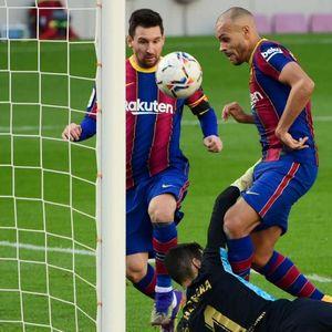 Барса триумфира, за малку гол со рака, не е Марадона, туку Меси