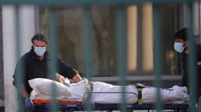За 24 часа во Грција починаа 108 лица од Ковид-19