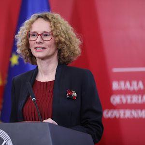 Шекеринска: Не сакаме да бидеме заложници на темните страни на балканската историја
