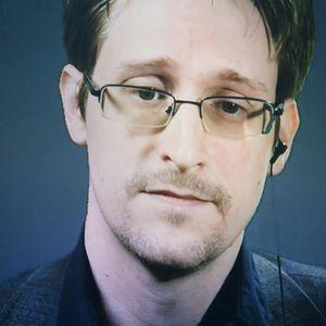 Сноуден бара руско државјанство