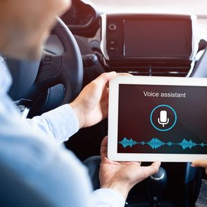 Автомобилите ќе добијат виртуелни асистенти базирани на Amazon Alexa