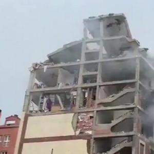 По силната експлозија во Мадрид: една зграда е уништена, три лица загинаа