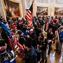 Многу полицајци страдаат од посттрауматски стрес поради упадот на толпата во американскиот Конгрес