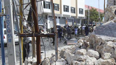 Могадиш: Најмалку 20 мртви во експлозија на автомобил-бомба