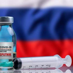 Германски политичар повика да не се политизира одобрувањето на руската вакцина во ЕУ