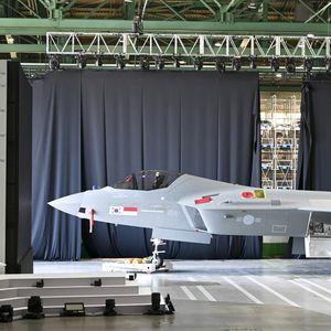 Јужна Кореја претстави нов суперсоничен борбен авион од домашно производство