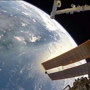 (Видео) Русија ќе гради своја вселенска станица, не сакаат да го ризикуваат животот на нивните космонаути со Меѓународната