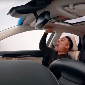 Што се случува ако само на пет секунди го тргнете погледот од патот?