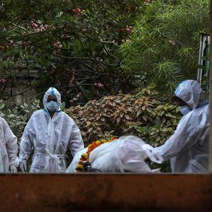 Нов црн рекорд во Индија – речиси 185.000 новозаразени со коронавирусот во последниот ден