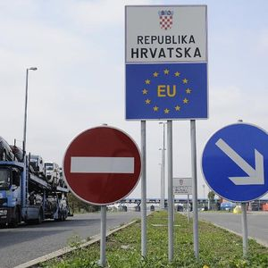 Влез во Хрватска без ПЦР-тест само за вакцинираните пред шест месеци