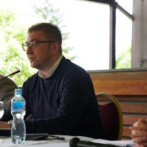 Мицкоски: Не е точно дека ВМРО-ДПМНЕ и СДСМ сложно го донесоа законот за легализација на дивоградби