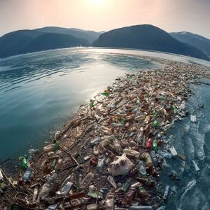 Најлош остров на светот: Километри тага како потсетник на катастрофата која ја создаваме
