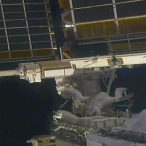 Поставени нови соларни панели за напојување на Меѓународната вселенска станица