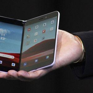 Пристигнува смартфон на Microsoft со два екрана